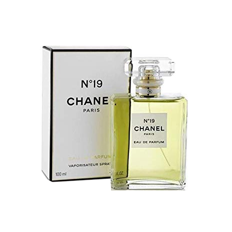 Chanel N°19 Eau De Parfum Spray